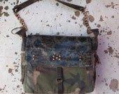 sac camouflage /besace : AMAZONIE : Sacs bandoulière par yza-dora