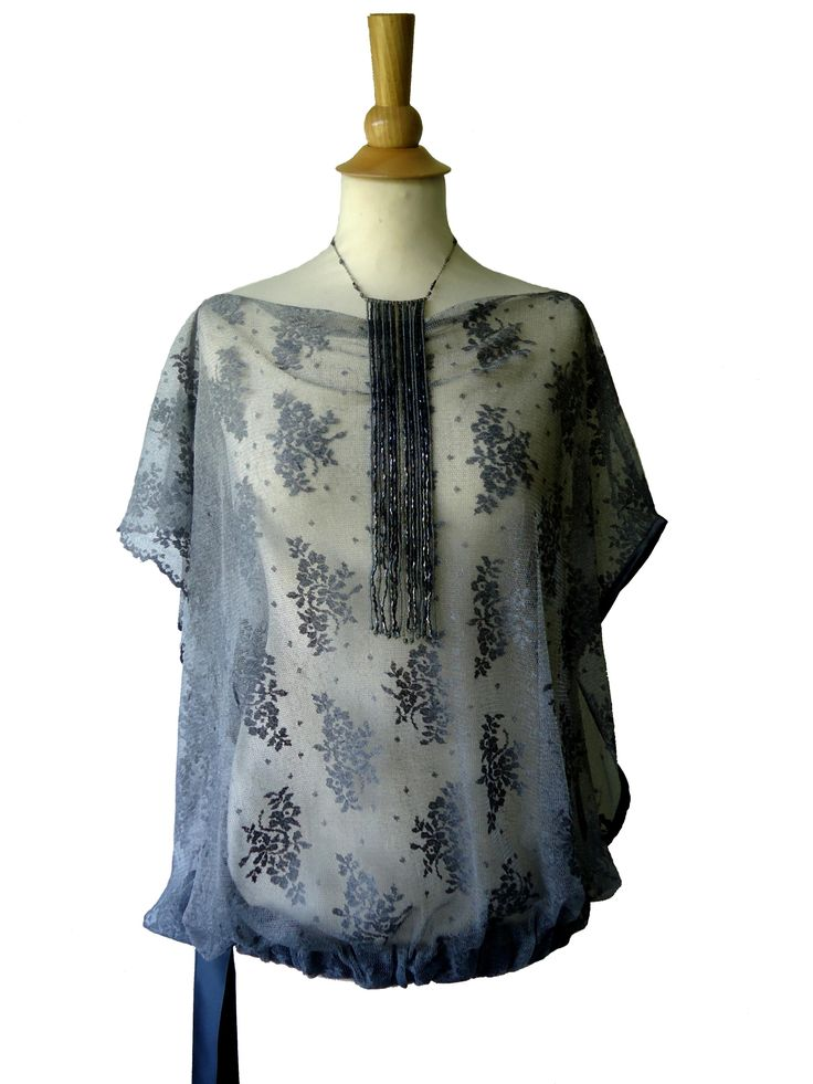 Tunique blouse dentelle à fleurs Grecia grise