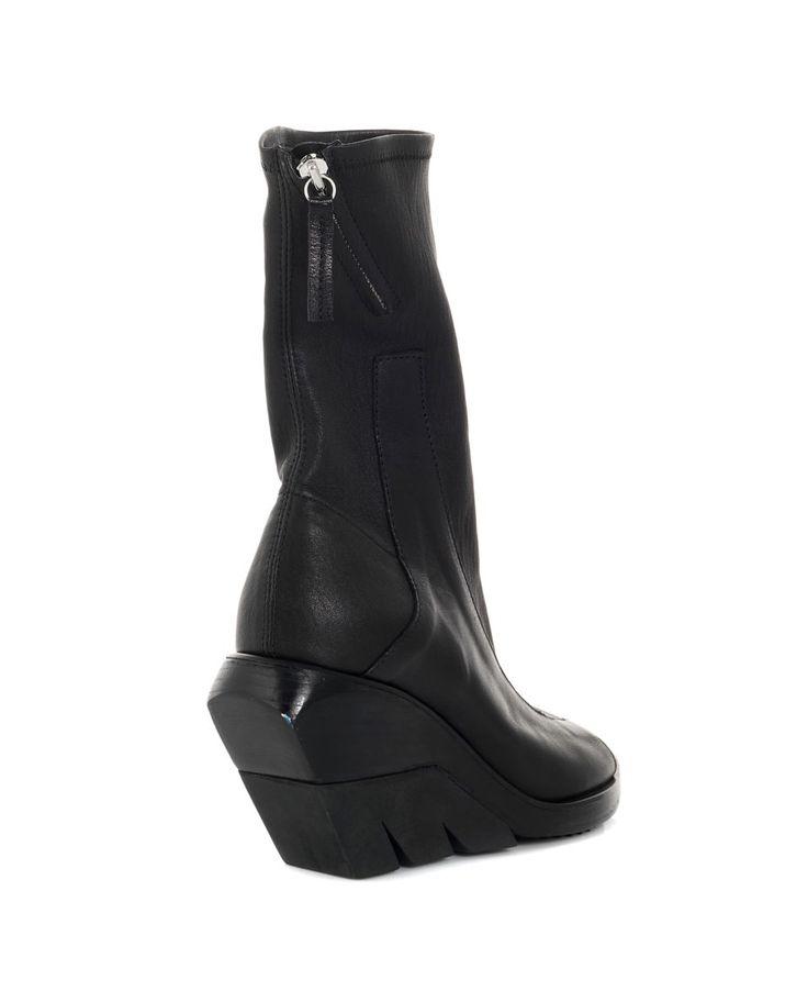 CINZIA ARAIA STRETCH NAPPA LEATHER SANDALS S/S 2016 Black open-toe sandals  stretch nappa leather top side zipper black rubber sole wedge: 10 cm