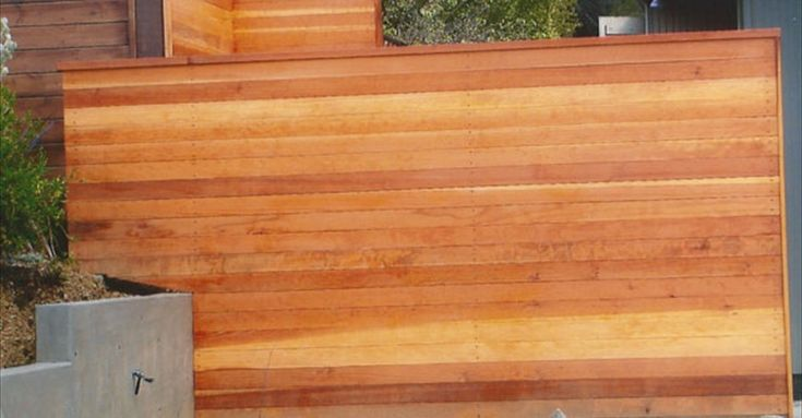 Closed 1x6 Tongue And Groove Redwood Horizontal Fence