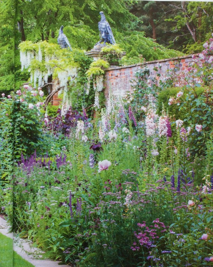Cottesbrooke Hall | designed by Arne Maynard, photographed by Jonathan Buckley for Gardens Illustrated