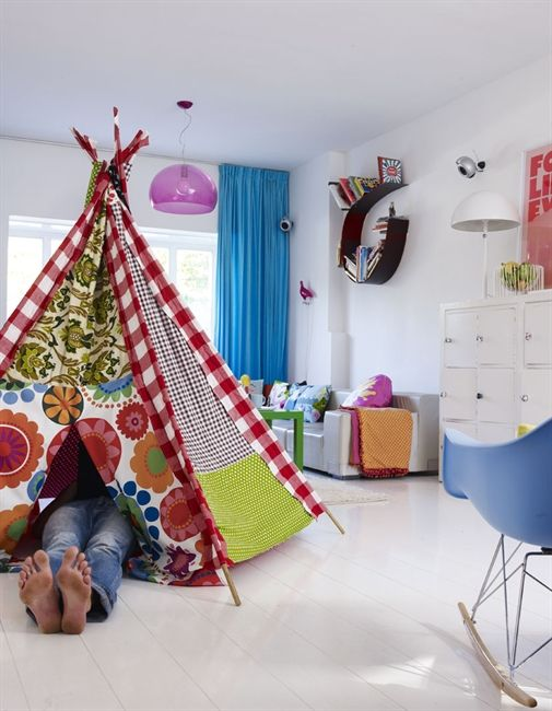 Playful and Fun DIY Tents for Kids I have the pattern, and I like the idea of scrappy fabric!