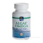 Algae Omega 3 Nordic Naturals er en fiskeolie, som mange kunne have godt af at tage. Omega 3 fedtsyre kommer fra fiskeolie og er en uundværlig olie for kroppen.