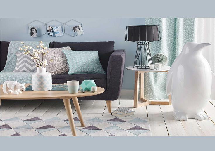 Maisons du Monde propose une collection sur laquelle j'ai craqué et notamment pour ce petit salon scandinave avec de bien jolis objets !