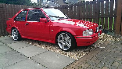 Ford Escort Hatchback RS Turbo Series 2 - http://www.fordrscarsforsale.com/1475
