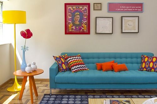 I love bold colours, they go together so well when they shouldn't. I never want to be afraid to use colours.