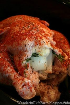 Wonderful Life Farm: Rotisserie Chicken in the Crockpot I've made whole chickens in the crock pot tons of times, but pinning this one bc the seasonings sound great.