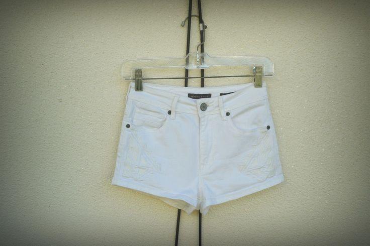 Kendall & Kylie High Rise Hot Denim Short Shorts Embroidered Aztec White 1/3 #KendallKylie #HighRise #designer #aztec #fashion #hipster #trend #shorts #style #denim #white #hot