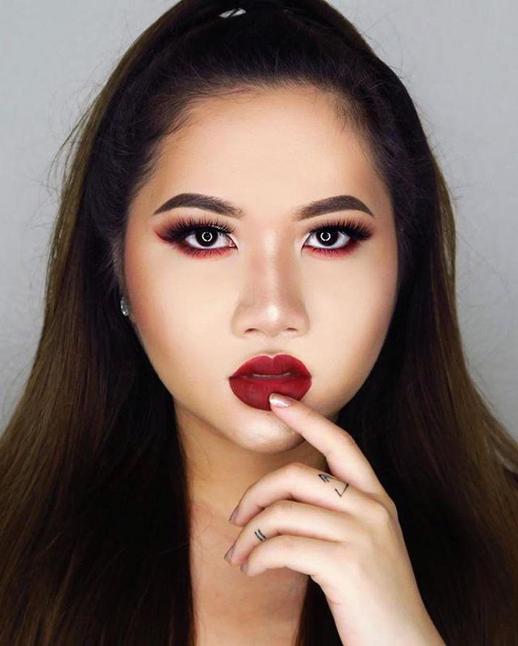 #MUAs we  @jca.bzna has mastered gorgeous under eye #makeup! #Kawaii #kawaiigirl #beauty #cosmetics #eotd #motd #beautyinspo #makeuptutorial #postoftheday #tattoo #looksoftheday