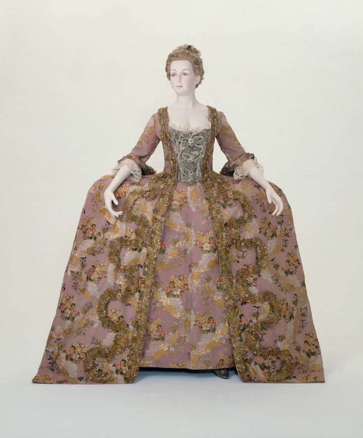 Woman's Court Dress And Petticoat (robe A La Francaise)  http://www.mfa.org/collections/object/woman-s-court-dress-and-petticoat-robe-a-la-francaise--73677