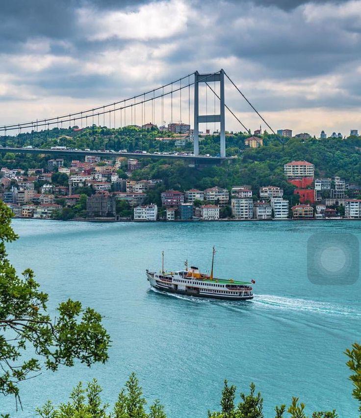 Boğaziçi Bridge, Istanbul.