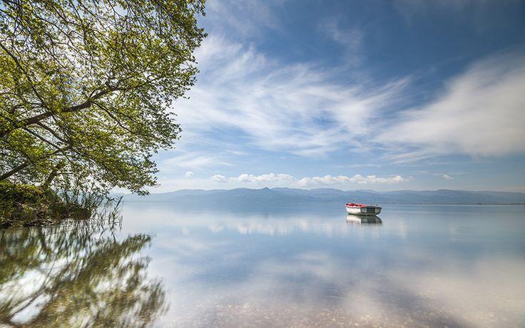 https://flic.kr/p/FKxwpF | Λίμνη Τριχωνίδα , Αγρίνιο / Lake Trichonida , Agrinio - kk315 | Πάντα εσύ τ' αστεράκι και πάντα εγώ το σκοτεινό πλεούμενο Πάντα εσύ τό λιμάνι κι εγώ τό φανάρι τό δεξιά.. Getty Images | Facebook | Tumblr