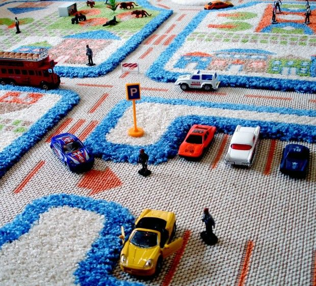 Luca and Company Traffic Play Rug- Blue