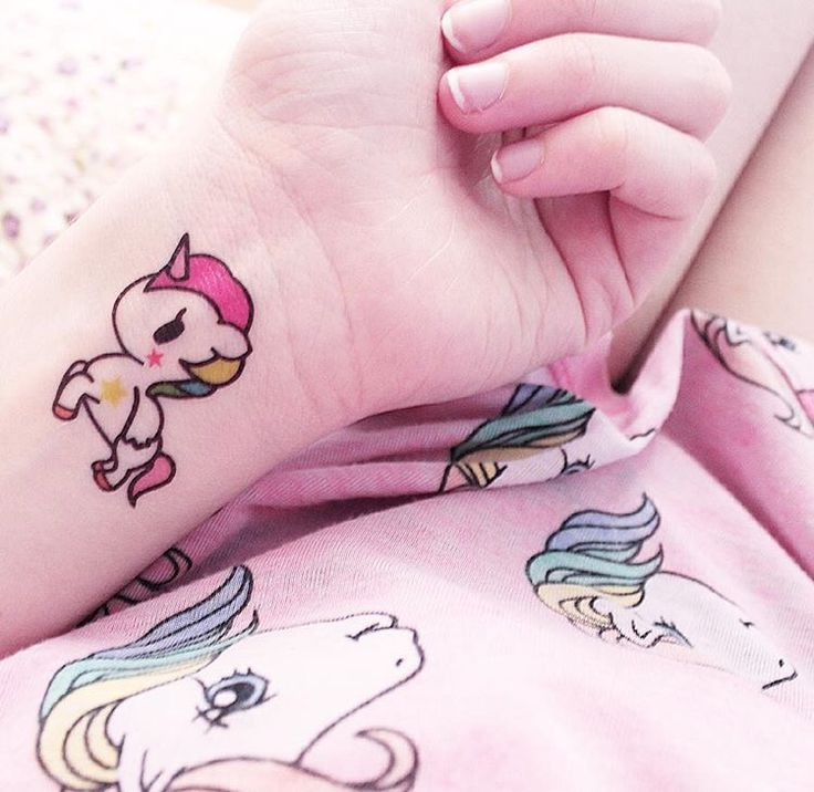 Cute unicorn tattoo. I want this!!!
