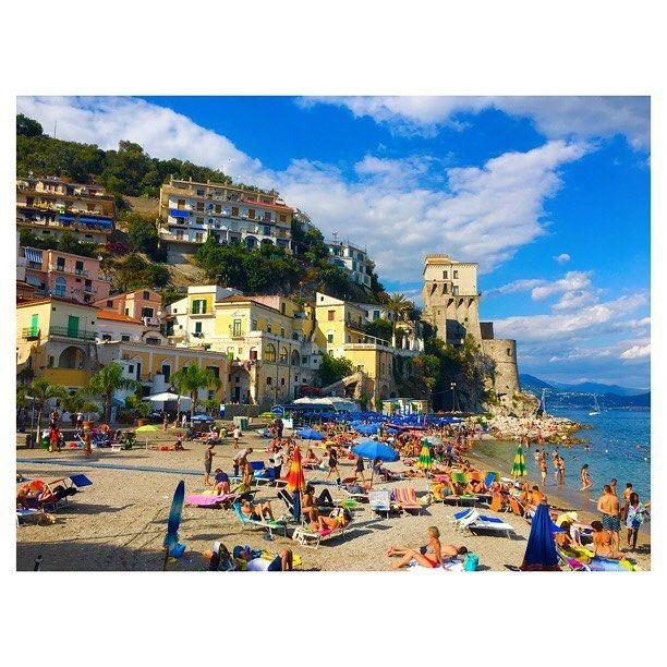 ☀️😎🍤 #beauty #amazing #landscape #landscapephotography #costieraamalfitana #italy #igersitalia #l4l #instaplaces #photoglobe #sea #summer #instasea #picoftheday #photography #colors #love