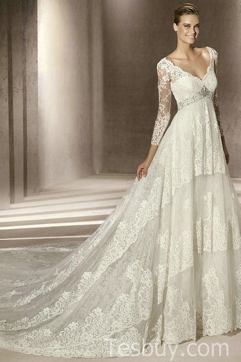 Fairytale confection in lace. Perfect to draw attention to the bust and waist while pulling the eyes away from less than perfect arms.