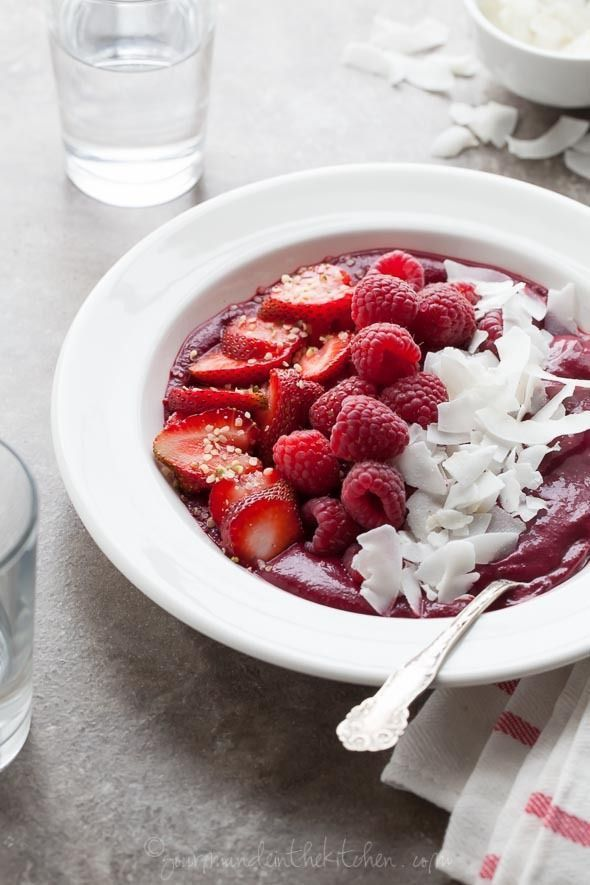 Everything You Need To Know About Making An Acai Bowl