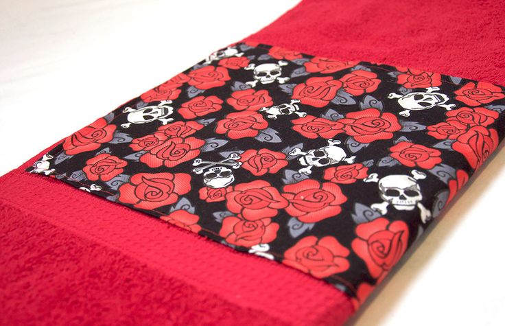 Red Skulls & Roses Bath Towel by Pornoromantic on Etsy