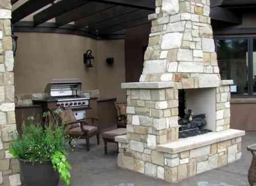 Les 25 meilleures id es concernant barbecue en pierre sur pinterest camping - Construire un barbecue en pierre ...