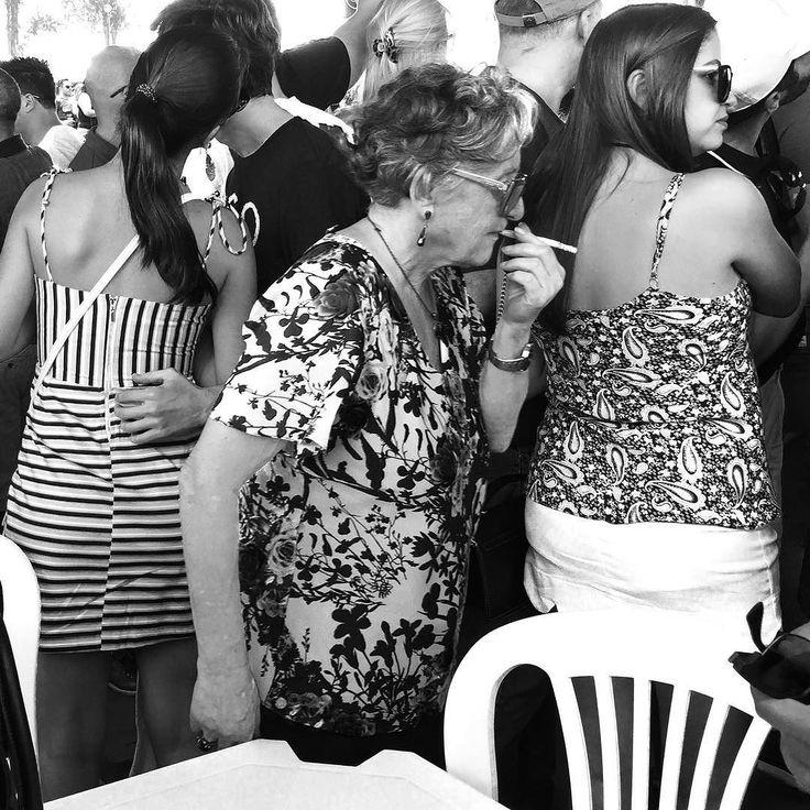 #blackandwhite #bnw #monochrome #TagsForLikes #instablackandwhite #monoart #insta_bw #bnw_society #bw_lover #bw_photooftheday #photooftheday #bw #instagood #bw_society #bw_crew #bwwednesday #insta_pick_bw #bwstyles_gf #irox_bw #igersbnw #bwstyleoftheday #monotone #monochromatic#noir #fineart_photobw #brazil #minasgerais #streetphoto_bw #streetphotography