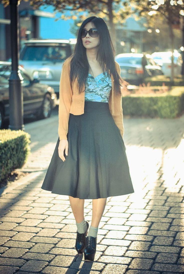 black midi skirt outfit
