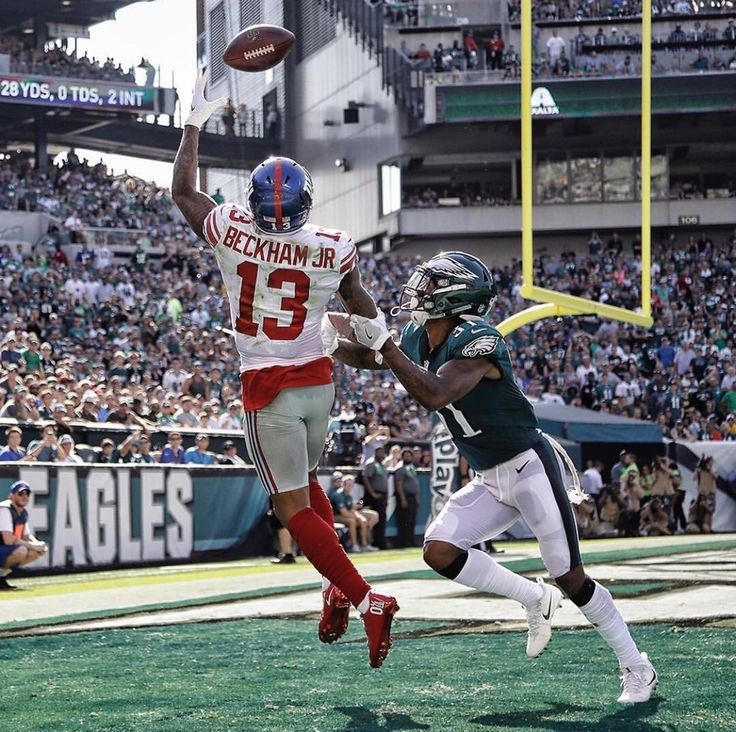 Odell Beckham Jr with the catch of the Week in Week 3 in loss against the Eagles.