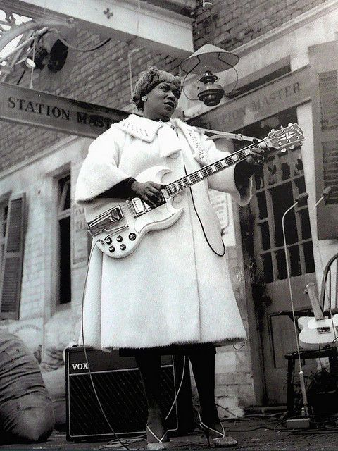 Sister Rosetta Tharpe with her SG waiting for The Blues Train in Chorlton, 1963.