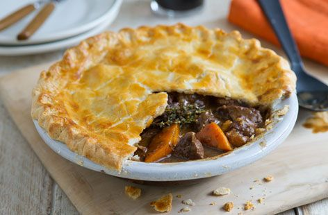 Be sure to impress your dinner guests with this traditional beef and guinness pie recipe. Find this recipe and hundreds of other recipes at Tesco Real Food today!