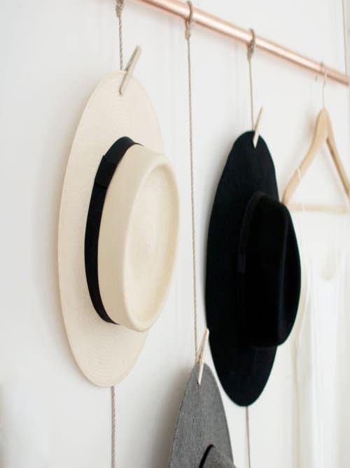 Für euch entdeckt: So bastelst du eine coole Do-it-yourself-Garderobe, die nach skandinavischem Design aussieht.