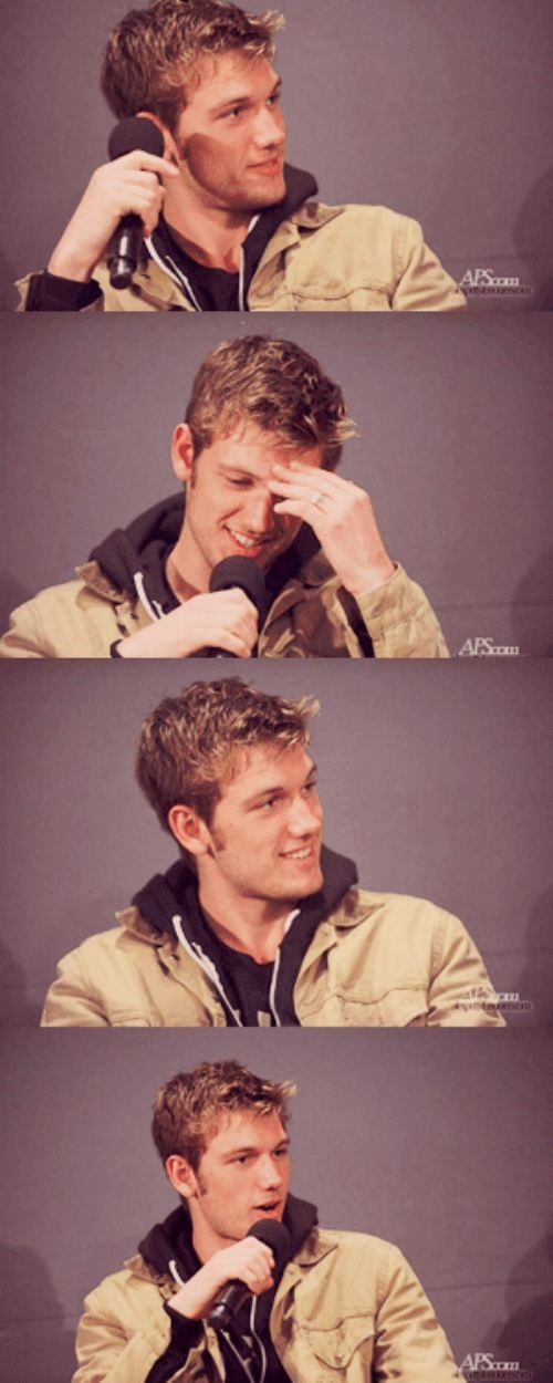 alex pettyfer is adorable.
