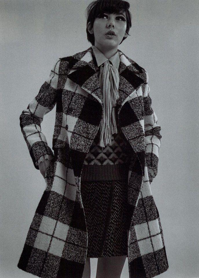 IO DONNA fashion editorial featuring Fay British-infused, tartan wool coat.
