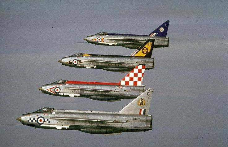 XN783 in formation