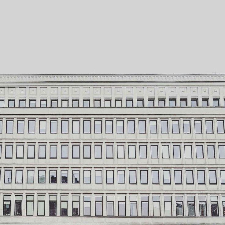 Warszawa Śródmieście - Warsaw Business Center / social modernism