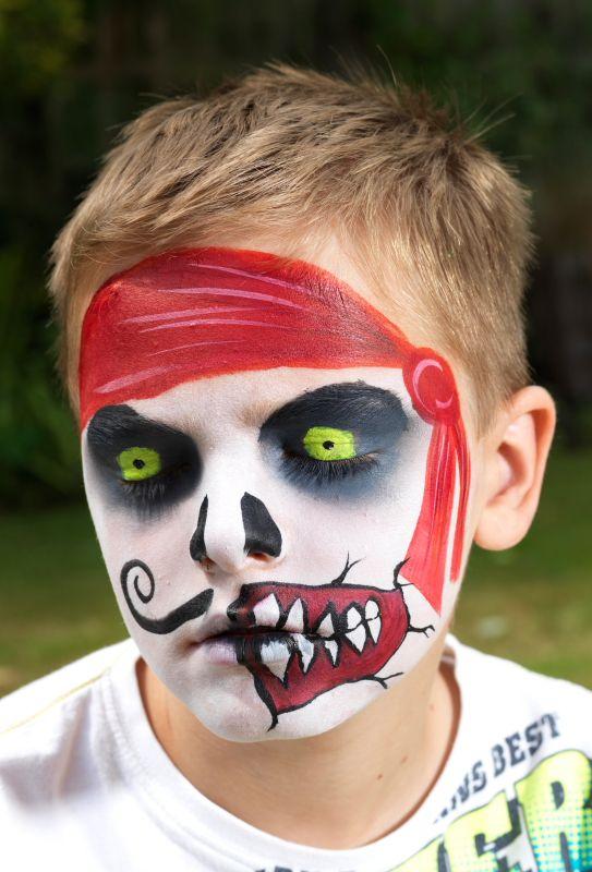 M s de 25 ideas incre bles sobre maquillaje pirata en - Pintura cara halloween ...