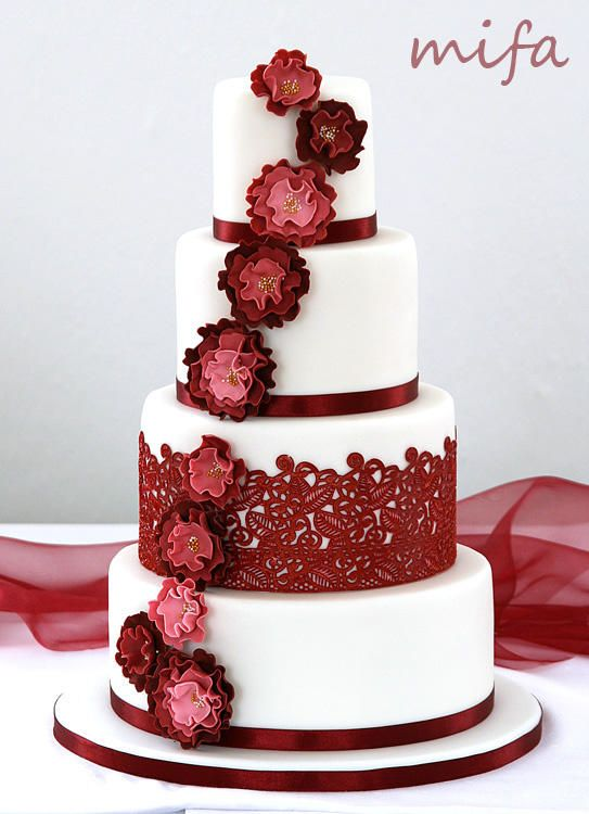 petra cake by michaela fajmanova red wedding