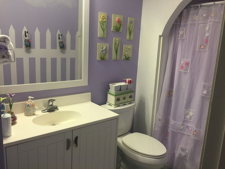 83 best images about pleasant rooms on pinterest purple for Periwinkle bathroom ideas