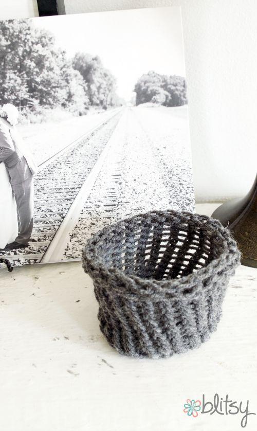 1227 best Loom knitting images on Pinterest | Knifty knitter, Spool ...