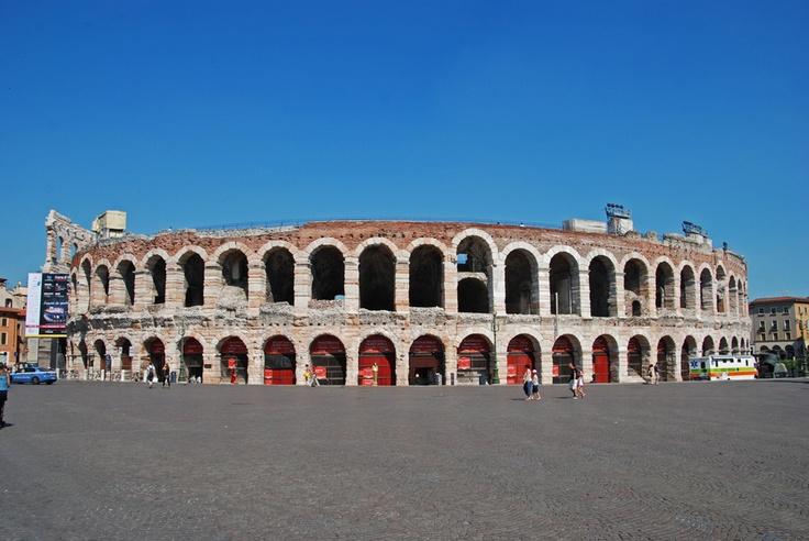 La arena de Verona de día by alejandro gianoli, via 500px