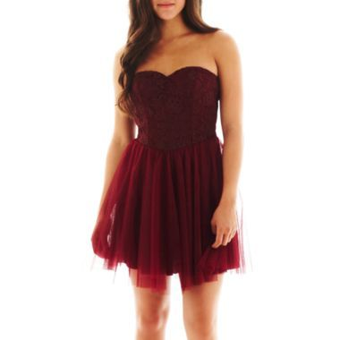 A HOT DRESS FOR THAT SPECIAL EVENIING WITH THAT SPECIAL SOME ONE IN YOUR LIFE