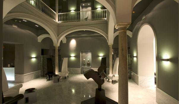 PETIT PALACE SANTA CRUZ. Hoteles en el centro de Sevilla