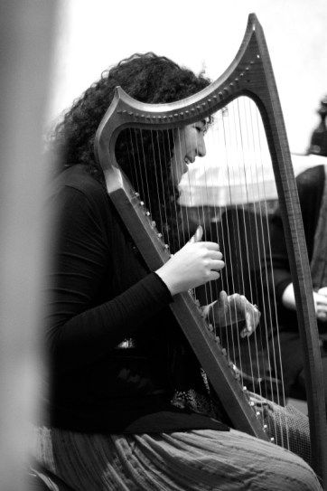 "Isabella Shaw (mezzosoprano and gothic harp) having fun during our rehearsal for the performance of trobairitz music ""Lingua Materna"". Prague 2015. See more at www.motusharmonicus.cz"