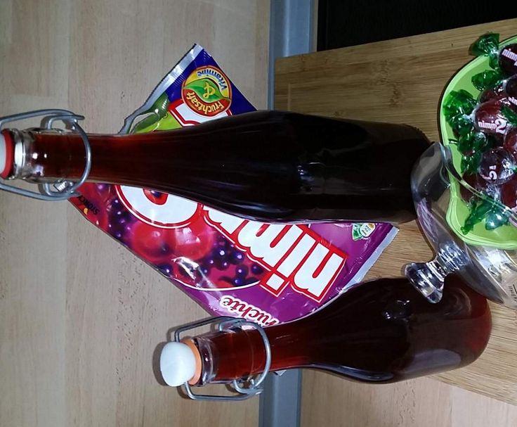 """Rezept Nimm 2 """"rote Früchte""""-Likör von dezilver - Rezept der Kategorie Getränke"""