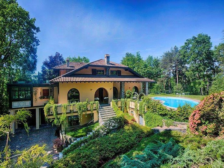 Elegant mansion with extensive park  , Varese, Italy – Luxury Home For Sale