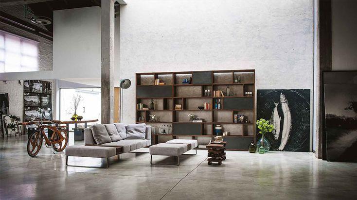Lo stile industriale scalda il salotto open-space