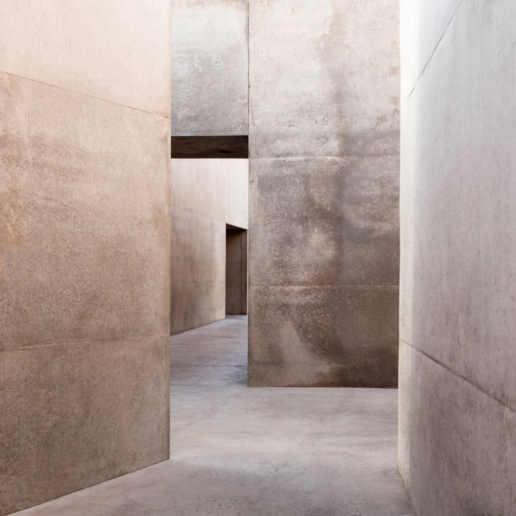 Beautiful soft, natural textured tones enhance the discrete approach to dividing the space. Credit: Masastudio