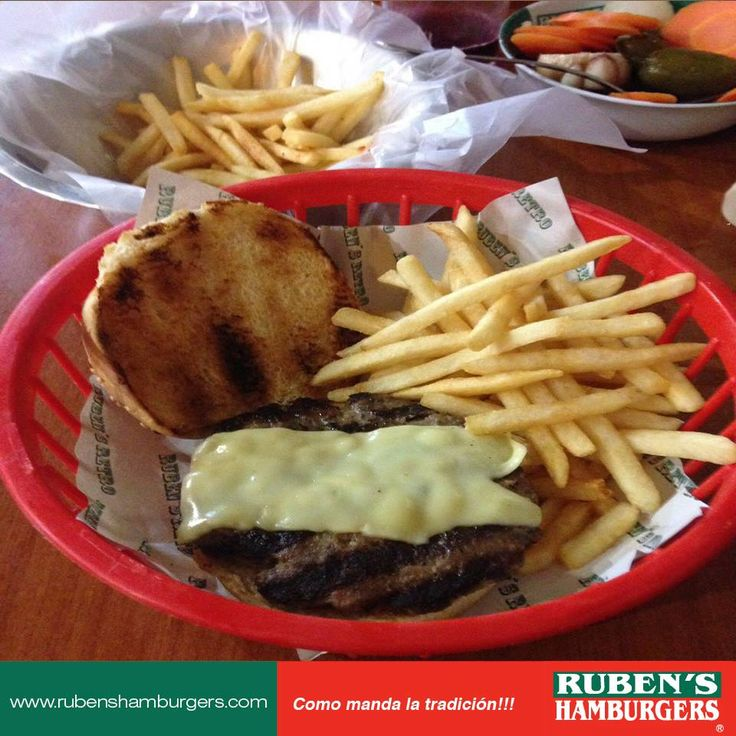 Deliciosas hamburguesas sirloin al carbón. Ideales para fin de semana! #RubensHamburgers #Hamburguesas