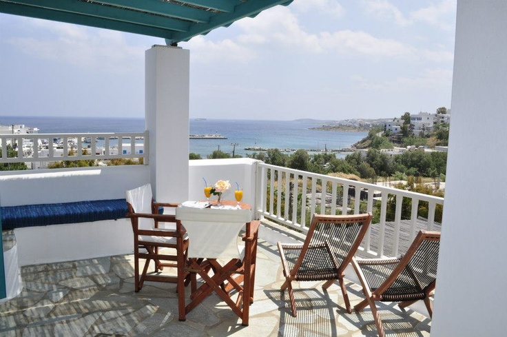 #room #paros #view http://www.aloniparos.com/paros/view/home