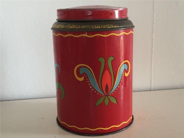 Röd kaffeburk från Zoegas