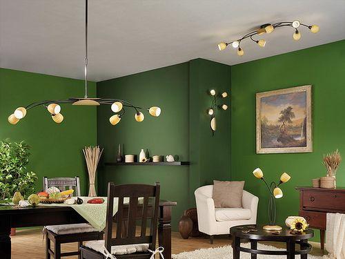 Beautiful green walls.