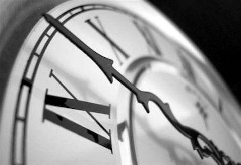 του Θάνου Τσίρου Χρονικό περιθώριο 15 ημερών έδωσε το Eurogroup στην ελληνική κυβέρνηση προκειμένου να καταλήξει σε συμφωνία με το «κουαρτέτο» επί όλων των προαπαιτούμενων για την ολοκλήρωση της πρ…